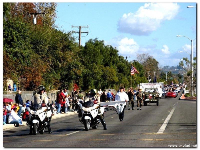 Camarillo Christmas Parade.Camarillo California Police On Motorcycles Open The