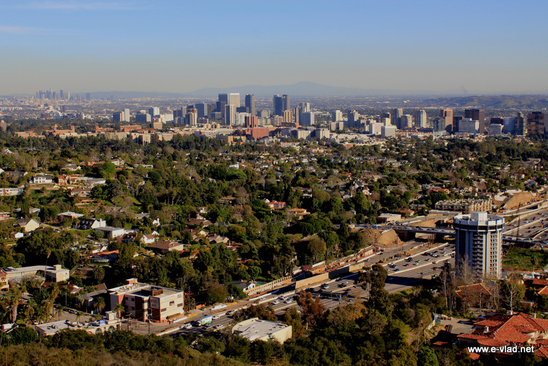 Los Angeles, California - Beautiful panorama of download Los Angeles and Wilshire center.