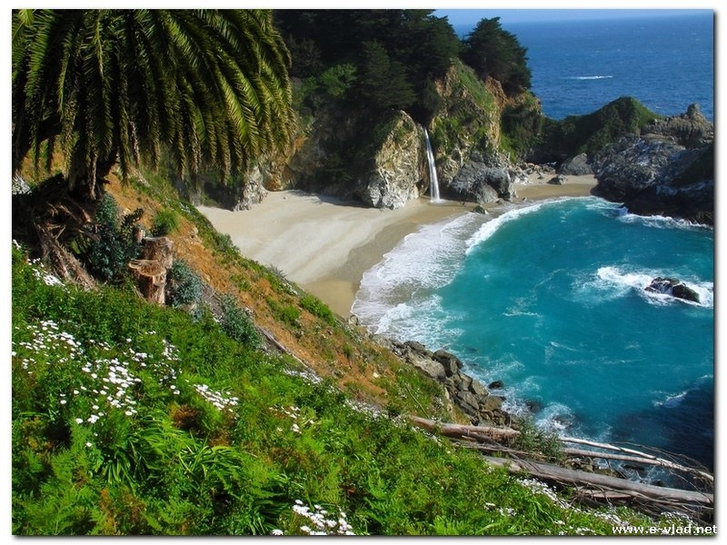 McWay Falls trail is easily accessible from Big Sur camping spots