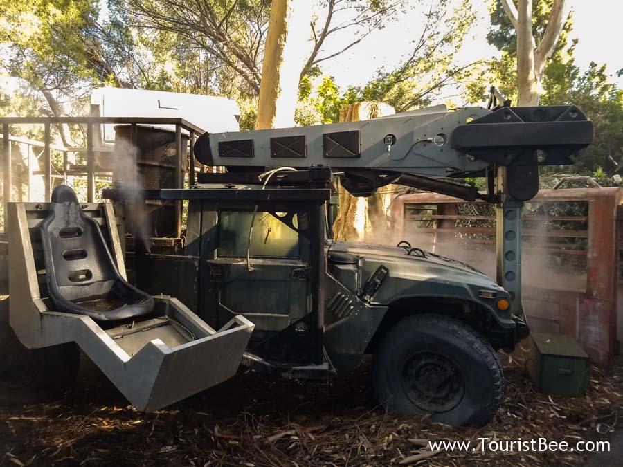 Universal Studios, Hollywood - Model car used in Jurassic Park movie series