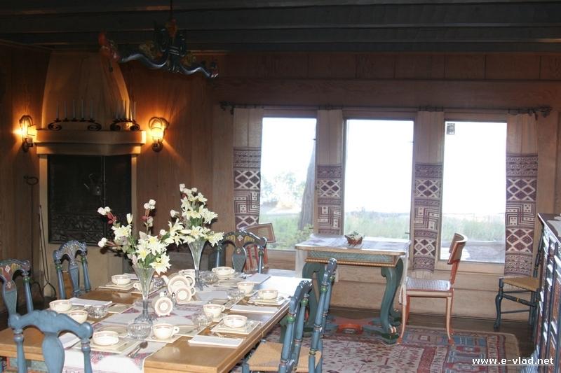 Lake Tahoe Dining Table Lake Tahoe Brown Rectangle