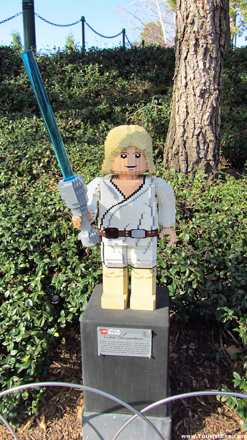 Legoland, California - Luke Skywalker made from legos