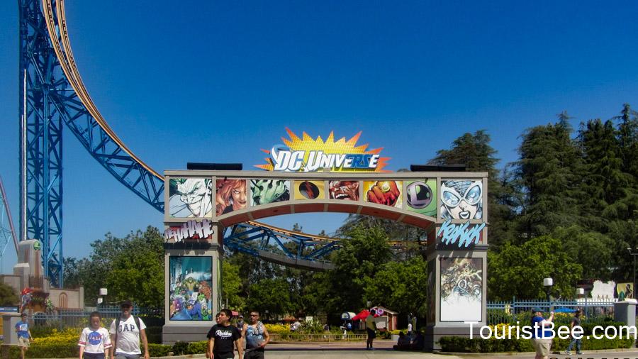 DC Universe entrance sign