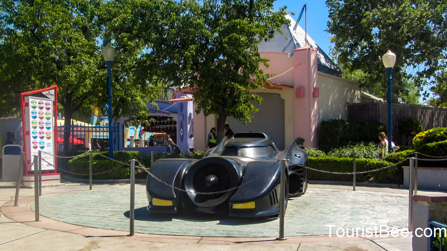 Six Flags Magic Mountain - Batmobile on display near Batman the Ride