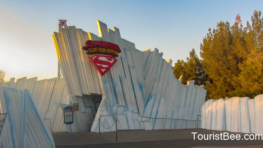 Six Flags Magic Mountain - Superman ride entrance