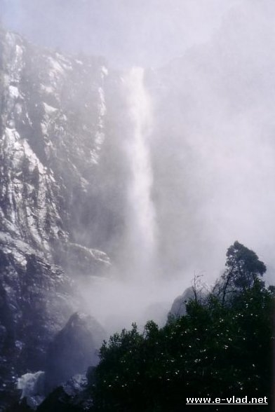 Bridalveil Falls is a very powerful waterfall when running at full capacity in the spring