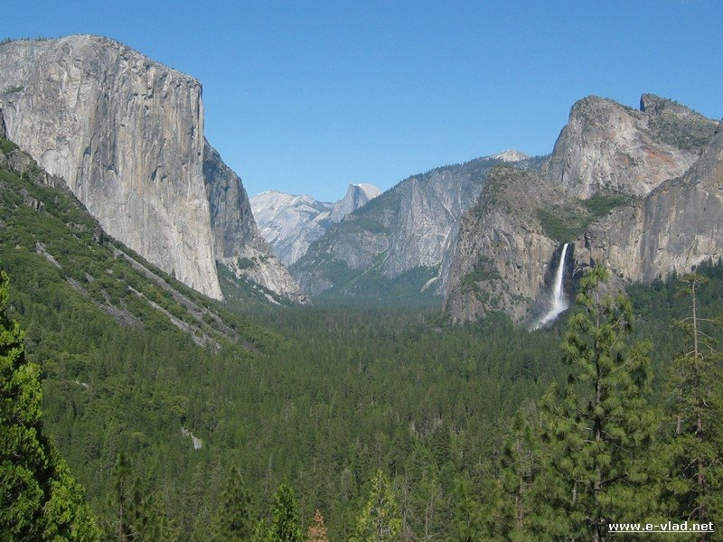 Yosemite National Park, California - The Yosemite Valley seen from Tunnel View in the summer