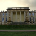 10 beautiful English manor houses