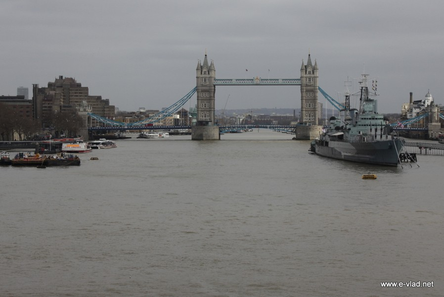 The Tower Bridge and HMS Belfast seen from the London Bridge.
