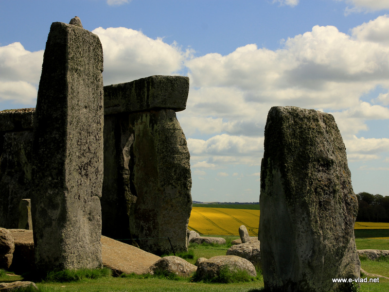 stonehenge the mysterious rocks of england Stonehenge is situated on the salisbury plain in wiltshire, england one of the biggest questions around stonehenge is why the rocks were dragged miles across the english countryside to a.