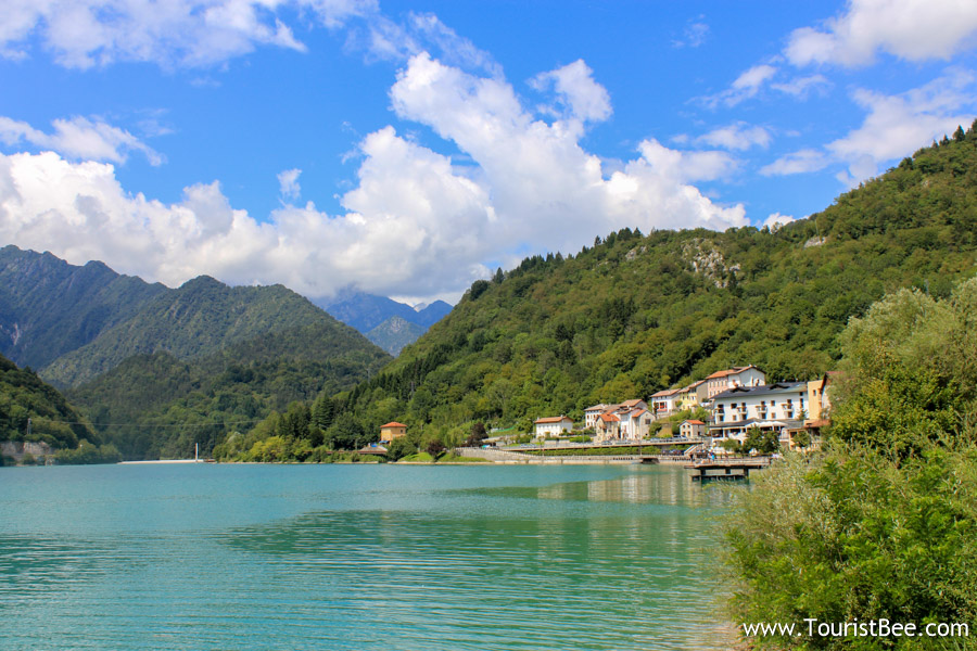 Barcis Italy Lake Barcis And The Small Tourist Village