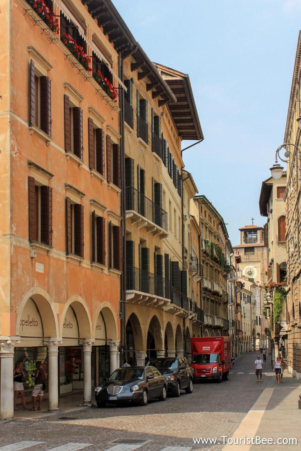 Treviso italy is a surprising tourist destination - Porta carlo alberto treviso ...