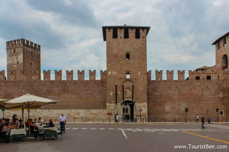 Castelvecchio is the next stop on our walking tour of Verona