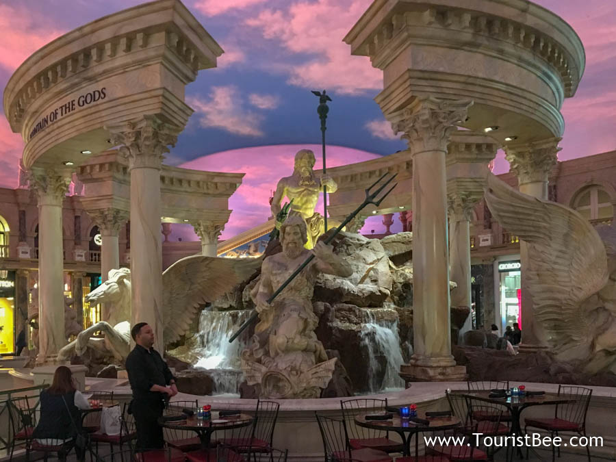 Caesars Palace, Las Vegas - famous Roman fountain near restaurants at Shops at the Forum