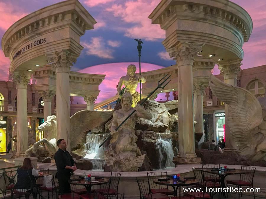 Caesar's Palace, Las Vegas - famous Roman fountain near restaurants at Shops at the Forum