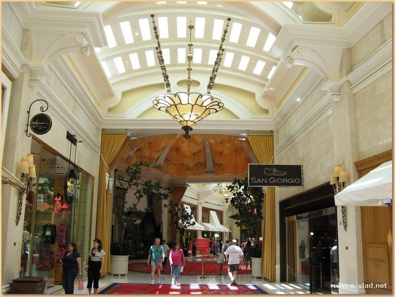 The Wynn, Las Vegas, Nevada - Luxury shopping at the Wynn.