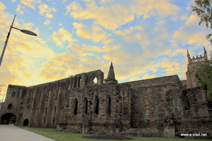 St Dunfermline, Scotland - The old ruins of Dunfermline Castle