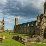 Walking tour of Saint Andrews, Scotland